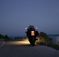 Applying Safety When Driving a Motorcycle at Night